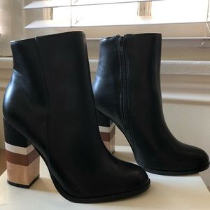 Faux Leather Chunky Heeled Boots